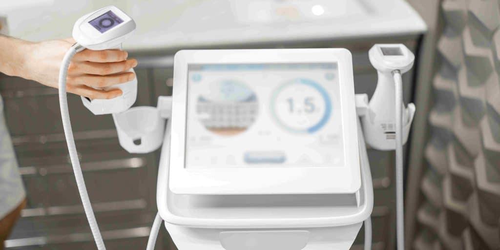 מכשיר אולטרסאונד לשאיבת שומן בגב